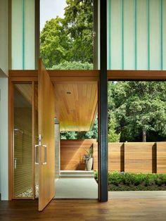 porte pivotante en bois