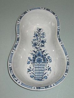 Ceramic bowl bidet, 18thC, France Blue And White China, Blue China, The Time Machine, Personal Hygiene, Victorian Houses, Vintage Vanity, Toilets, Delft, Ceramic Bowls