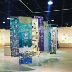 Korean Pojagi exhibit January at the Research Institute of Nuclear Zenana culture, Yongin city hall Cultural Academy Textile Sculpture, Textile Art, Crazy Patchwork, Weaving Textiles, Curtain Designs, Painting For Kids, Quilt Top, Fabric Art, Fiber Art