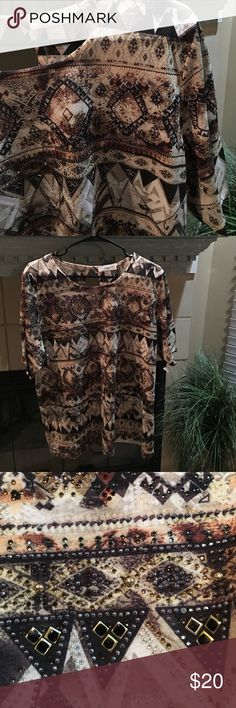 """Beautiful subtle jeweled top New with tags. Peep hole back. Beautiful. It subtle detailing. Dress up or down. Lightweight. Perfect alone or layer. Stretchy. Polyester. 27"""" long cj banks  Tops"""