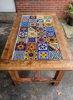Tile Patio Table, Mosaic Tile Table, Tile Top Tables, Diy Table Top, Patio Tiles, Rectangle Dining Table, Custom Wood Furniture, Mexican Furniture, Tile Crafts