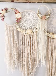 The Willow Dreamcatcher // Doilies Dreamcatcher // Boho Dreamcatcher // Ketb ., The Willow Dreamcatcher // Doily Dreamcatcher // Boho Dreamcatcher // Ketball // Bohemian Wall Hanging // Dried Flowers // Gallery Wall //. Los Dreamcatchers, Boho Dreamcatcher, Diy And Crafts, Arts And Crafts, Simple Crafts, Homemade Crafts, Summer Crafts, Deco Boheme, Dream Catcher Boho