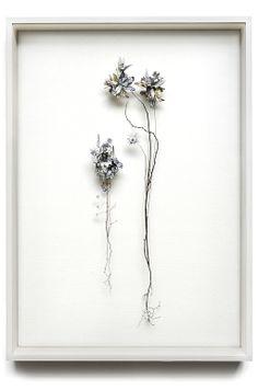 Anne Ten Donkelaar http://anneten.nl/works/13-flower-constructions