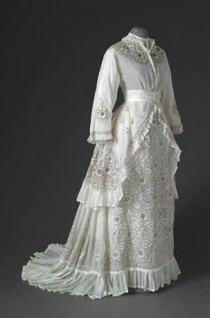 Summer day dress  -   1870's
