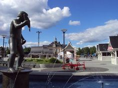 Kuopio Market square, Finland Mitsui Kontinen Helsinki, All Over The World, Statue Of Liberty, Landscapes, Marketing, Mansions, House Styles, Travel, Historia