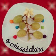 #comidadivertida #natal #frutas http://coisas-da-lara.blogspot.com/2014/11/comidinhas-de-natal.html
