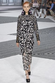 The Best Runway Looks You Might Have Missed at the 2015 Paris Haute Couture Shows