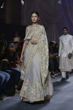 Manish malhotra at LFW 16