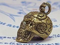 2 Head 9 Tails Gecko Lizard Thai Khmer magic Gambler Amulet Rare mystery Voodoo