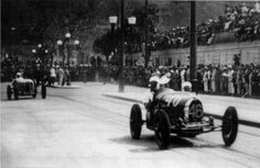 TEMPORADA DE 1934 - Bugatti de Nino Crespi lutando pela liderança na Gávea - Rio de Janeiro - Brasil. Felipe - Álbuns da web do Picasa