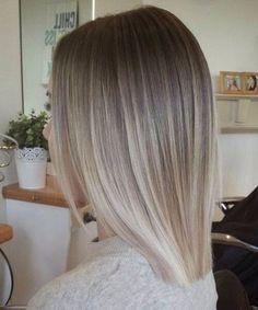 45 Bombshell Blonde Balayage Ideas