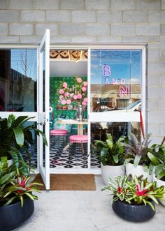See Bonnie and Neil's delightful new Melbourne store - Vogue Living Design Shop, Shop Interior Design, Retail Design, Web Design, Bonnie And Neil, Armelle, Vogue Living, Brick And Mortar, Gardens