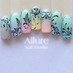 """2,788 отметок «Нравится», 46 комментариев — On the nails with love (@allure_nail_studio) в Instagram: «⚜️❤️""""ВЕНЗЕЛЯ""""❤️⚜️ На курсе изучаем всё: от простых элементов до составления композиций. Если у Вас…»"""