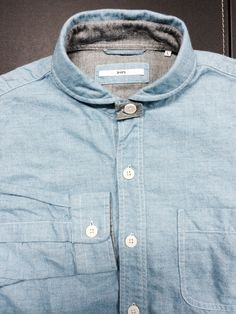 small rounded collars with soft washes