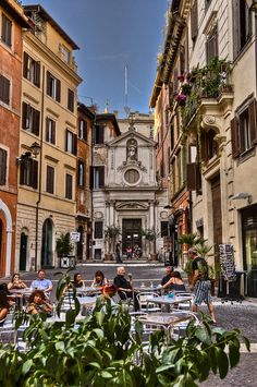 loved walking the streets of Rome, eating delicious pasta, salami sandwiches, and THE BEST GELATO