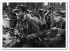 Sissi (Finnish light infantry) In Finland, long-range patrols (kaukopartio = long-range scouts) were especially notable during World W. Comedy Duos, Comedy Films, Luftwaffe, Bataille De Stalingrad, Night Shadow, German Soldiers Ww2, Abbott And Costello, Man Of War, Old Movies