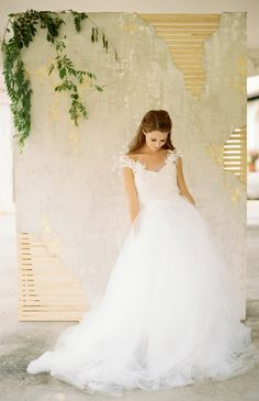 lace and tulle, photo by Lauren Kinsey, gown by Chaviano Couture http://ruffledblog.com/chaviano-couture-2015-collection #weddingdress #bridal #fashion