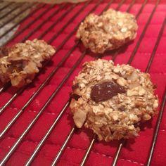 's Werelds makkelijkste koekjes ooit. Gisteravond had ik zin in koekjes en dan komen ineens de makkelijke 'recepten' opborrelen. Deze havermoutkoekjes
