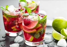 Strawberry Nectarine Mojito - simple, sweet and delicious cocktail just in time for Valentine's Day.Made with simple syrup, mint, rum, fruit. Watermelon Ice Tea Recipe, Watermelon Mojito, Raspberry Mojito, Mint Mojito, Mojito Recipe, Blueberry Lemonade, Iced Tea Recipes, Cocktail Recipes, Cocktail Menu