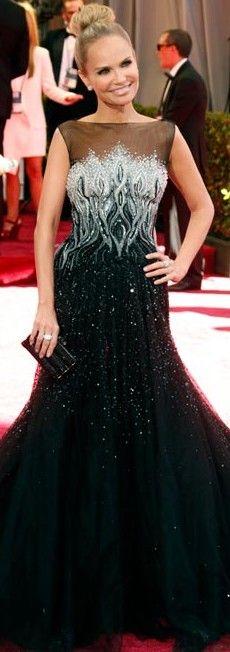 Kristin Chenoweth in Tony Ward @ Oscars in Oscar de la Renta gown .♥✤   Keep the Glamour   BeStayBeautiful