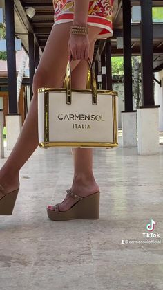 Canvas Tote Bag   Carmen Sol. Looking for a luxury tote bag or new travel tote? This canvas tote bag or canvas purse from Carmen Sol is the accessory you're looking for! Whether you're looking for a new fall accessory or a bag for your next vacation, the Roma Canvas has you covered. Travel Tote, New Travel, Canvas Purse, Canvas Tote Bags, Fall Accessories, Fashion Accessories, Summer Beach Looks, Summer Slide, Summer Shoes