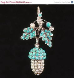 Georgian pendant, acorn and leaves covered with seed pearls and turquoise, c. 1830 Z Victorian Jewelry, Antique Jewelry, Vintage Jewelry, Victorian Era, Jewelry Art, Fine Jewelry, Jewelry Necklaces, Jewlery, Fashion Jewelry