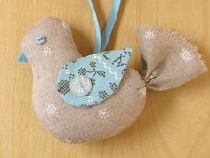 patch work ornaments | Bird ornament by Laurraine Yuyama at Patchwork ... | DIY projects.