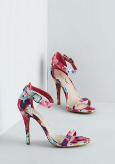 Strut a Feeling Heel in Floral. Make the world your runway in these vibrantly floral heels! #pink #prom #wedding #modcloth