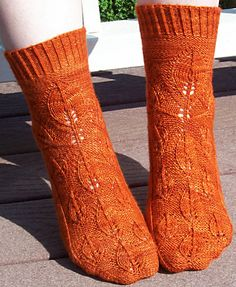 "Earthbound socks: Knitty Deep Fall 2012 - check out the link on these -- one of the socks has a ""knothole"" in the ribbing! Fun."