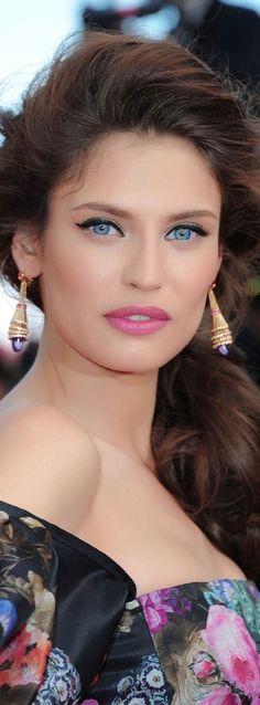 Beautiful makeup!             ☪Pinterest → FrenchFanGirl ☼