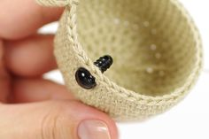 Amigurumi Tutorials: Leaving Holes for Safety Eyes