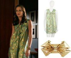 Blair con un vestido de Philip Lim y brazalete de Rachel Leight