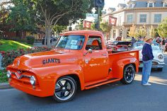 Ford F100 with San Francisco Giants paint theme