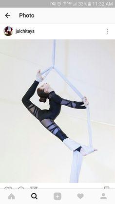 #aerialfitness #aerialarts #dance #aerialsilks #tissuaerien #sedasaerias #tecidoacrobatico