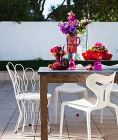 How to Throw a Chic Garden Party: Choose Tables and Chairs