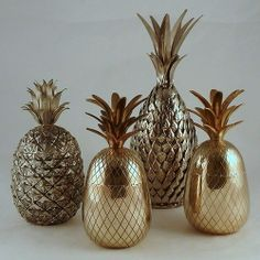 metal ananas by Ellie Grace Cumming Pineapple Ice Bucket, Gold Pineapple, Pineapple Room, Pineapple Kitchen, Pineapple Cocktail, Gold Everything, Interior And Exterior, Interior Design, Deco Originale