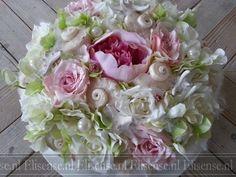 Zijden bloemen taart zomer - Flower arrangement - sea shells and flowers