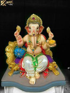 Shri Ganesh Images, Ganesh Chaturthi Images, Ganesha Pictures, Clay Ganesha, Ganesha Art, Lord Murugan Wallpapers, Lord Krishna Wallpapers, Ganesh Lord, Lord Shiva