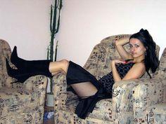 Een vrouw uit het buitenland is bijna net zo eenvoudig als het vinden van een bruid naast de deur, hoewel Internet dating zijn eigenaardigheden heeft is het kennismaken met alleenstaande vrouw uit Zimbabwe niet hetzelfde als een ontmoeting met een Russische bruid. Onze mooie en single Russische vrouwen, Oekraïense meisjes, bruiden uit Wit-Rusland, Moldavië, de Baltische Staten en andere Sovjet landen.