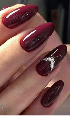 26 Popular Nails Winter Colors to Look Trendy This Season * remajacantik winter 26 Popular Nails Winter Colors to Look Trendy This Season 23 Maroon Nails, Burgundy Nails, Red Acrylic Nails, Red Nails, Blush Nails, Orange Nails, Elegant Nails, Stylish Nails, Romantic Nails