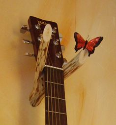Great design for wall-mounting uke or guitar