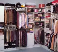 ikea walk in closet design - Small Walk In Closet For Women by iidudu clever uses of closet space and the modern lines of Scandinavi. Walk In Closet Ikea, Organizing Walk In Closet, Best Closet Organization, Walk In Closet Design, Wardrobe Design, Closet Designs, Organization Ideas, Elfa Closet, Closet Shelving