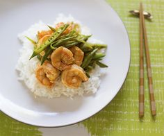 spicy and tangy shrimp stir-fry recipe Grilling Recipes, Wine Recipes, Gourmet Recipes, Real Food Recipes, Yummy Food, Healthy Recipes, Gourmet Cooking, Think Food, I Love Food