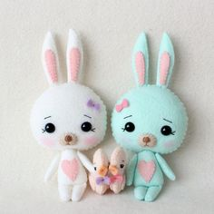 Make your own DIY bunnies for Easter! Check out these adorable bunny tutorials. From slippers to a backpack to a blanket and adorable stuffed rabbits. 15 fantastic bunny tutorials and patterns you'll love.