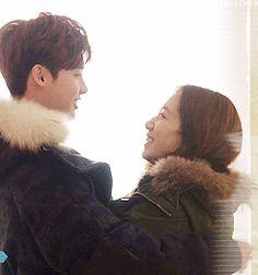 Secret hug - Pinocchio ep 10 - #gif fanmade - Lee Jong Suk   Park Shin Hye