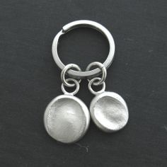 Personalized Child's Fingerprints Key Ring in Solid Silver http://www.luxe-design.com/Solid-Silver-Fingerprint-Impression-Cufflinks-p/rcl-fp.htm