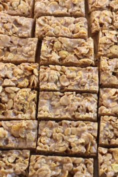 No-Bake Peanut Butter Cornflake Bars | Bake Your Day @Cassandra Guild Laemmli | Bake Your Day