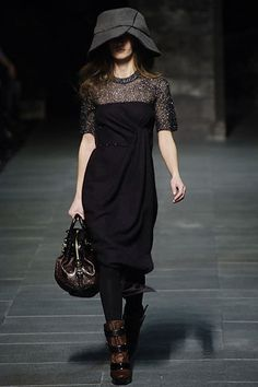 Louis Vuitton Fall 2006 Ready-to-Wear Fashion Show - Coco Rocha