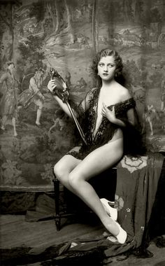 Ziegfeld girls ~ Vintage portrait