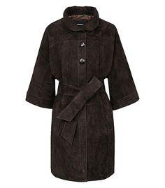 Пальто из натуральной замши LA REINE BLANCHE 168014000, купить недорого в Москве, каталог 2016, 2017, цена с фото, все размеры, доставка дешево в интернет-магазине Снежная королева